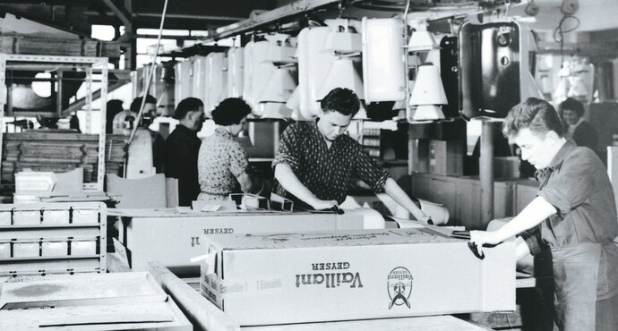 Historical photo of Vaillant product packaging
